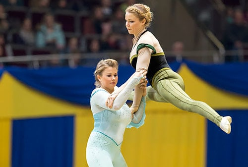 Palmers Earn FEI World Cup Vaulting Final Pas-de-Deux Bronze Medal
