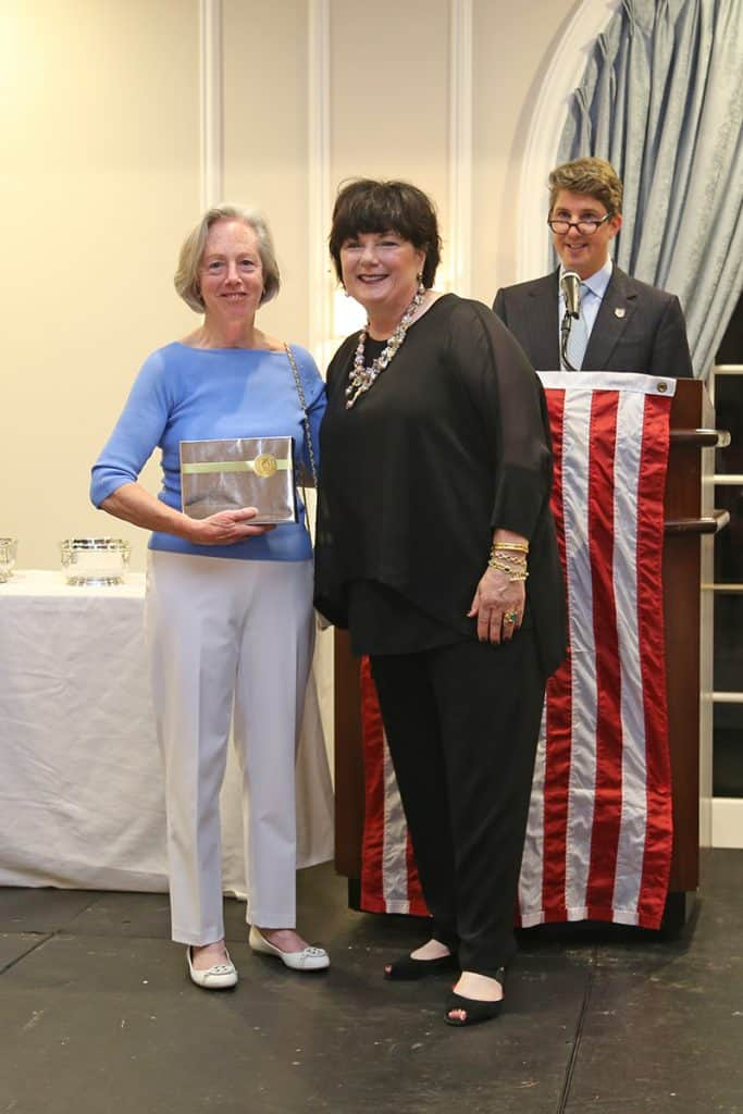 gold-medal-club-anniversary-awards_25-year-award_2017-gold-medal-club-reception_by-taylor-renner