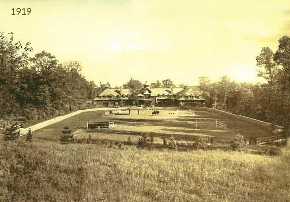 Hamilton_Farm_Riding_Ring_by_HA_Strohmeyer_circa_1919-2